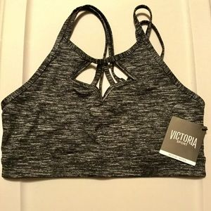 "Victoria Sport ""The Show-Off"" size M"